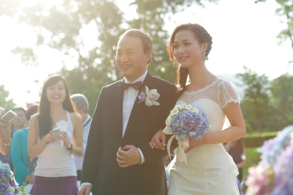 Hong Kong Beas River Country Club wedding photography bride and father march in