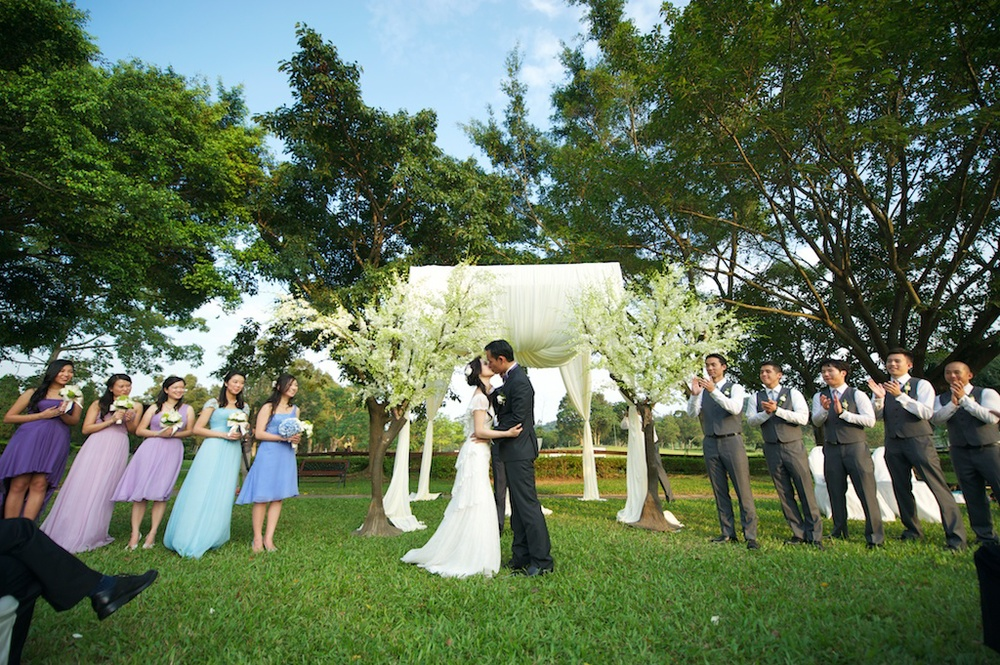 Hong Kong Beas River Country Club wedding photography bride and groom first kiss