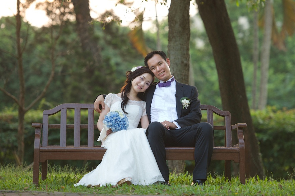 Hong Kong Beas River Country Club wedding photography bride and groom portrait session