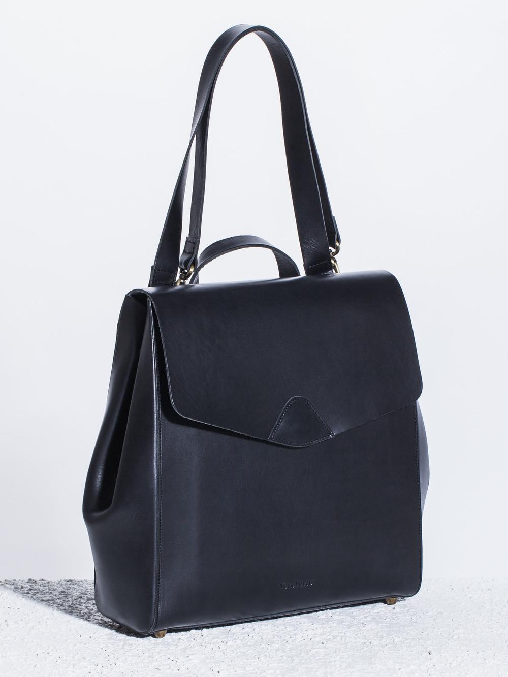 Vere-Verto-Macta-Backpack-Black-Angle-The-Drive-New-York.jpg