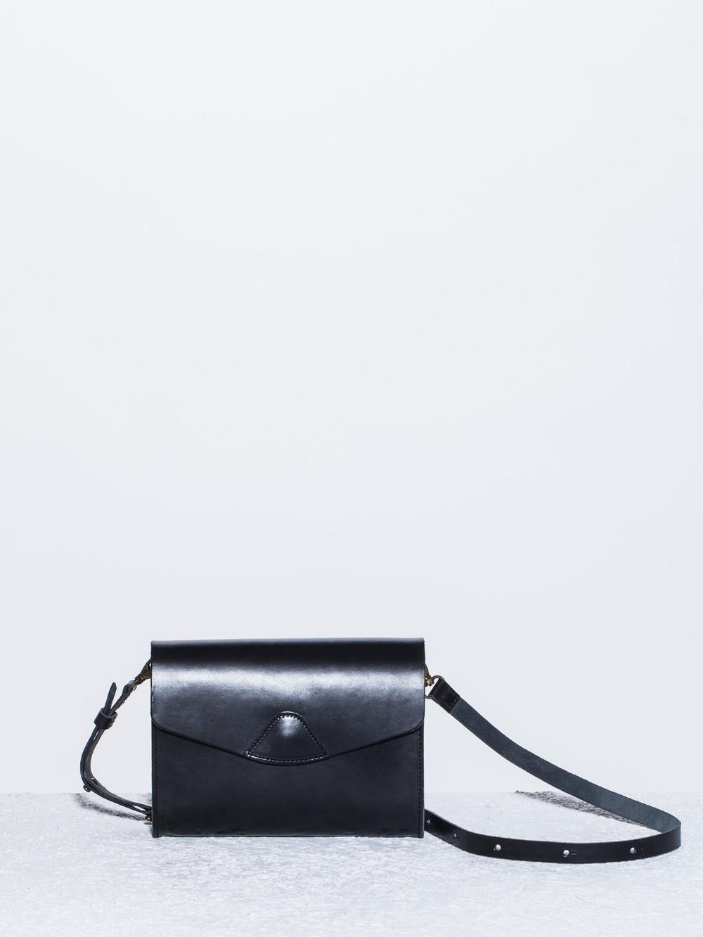 Vere-Verto-Mini-Mox-Bag-Black-Front-The-Drive-New-York.jpg