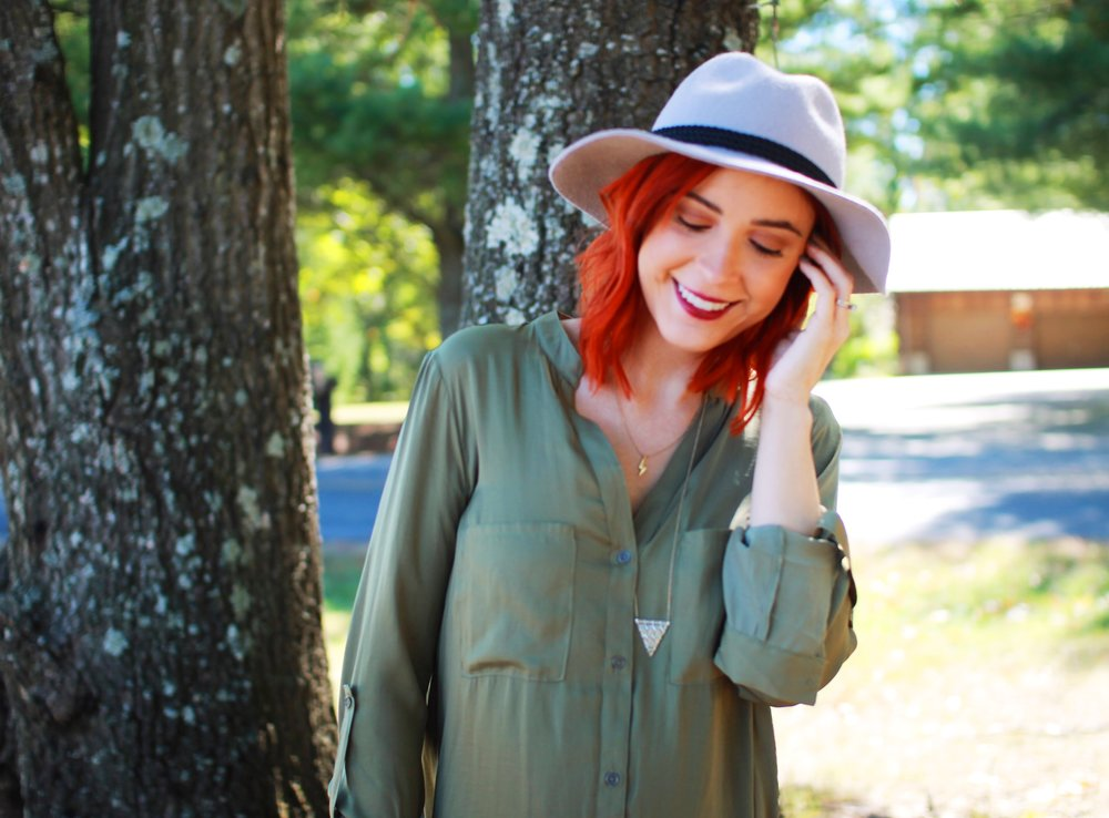 Hat & Blouse: Forever 21