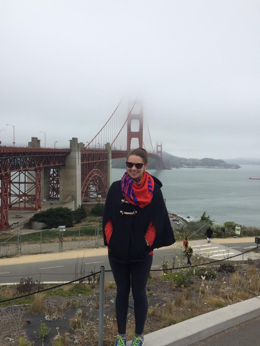 san-fransisco-golden-gate-bridge-blue-cape