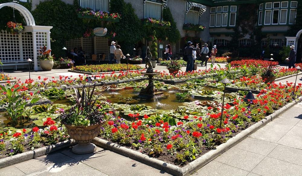 butchart-gardens-italian-vancouver-island