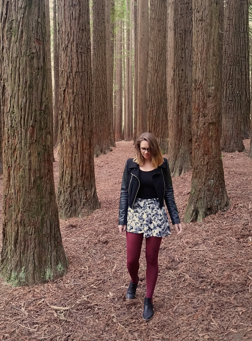 california-redwoods-otway-rainforest-red-tights