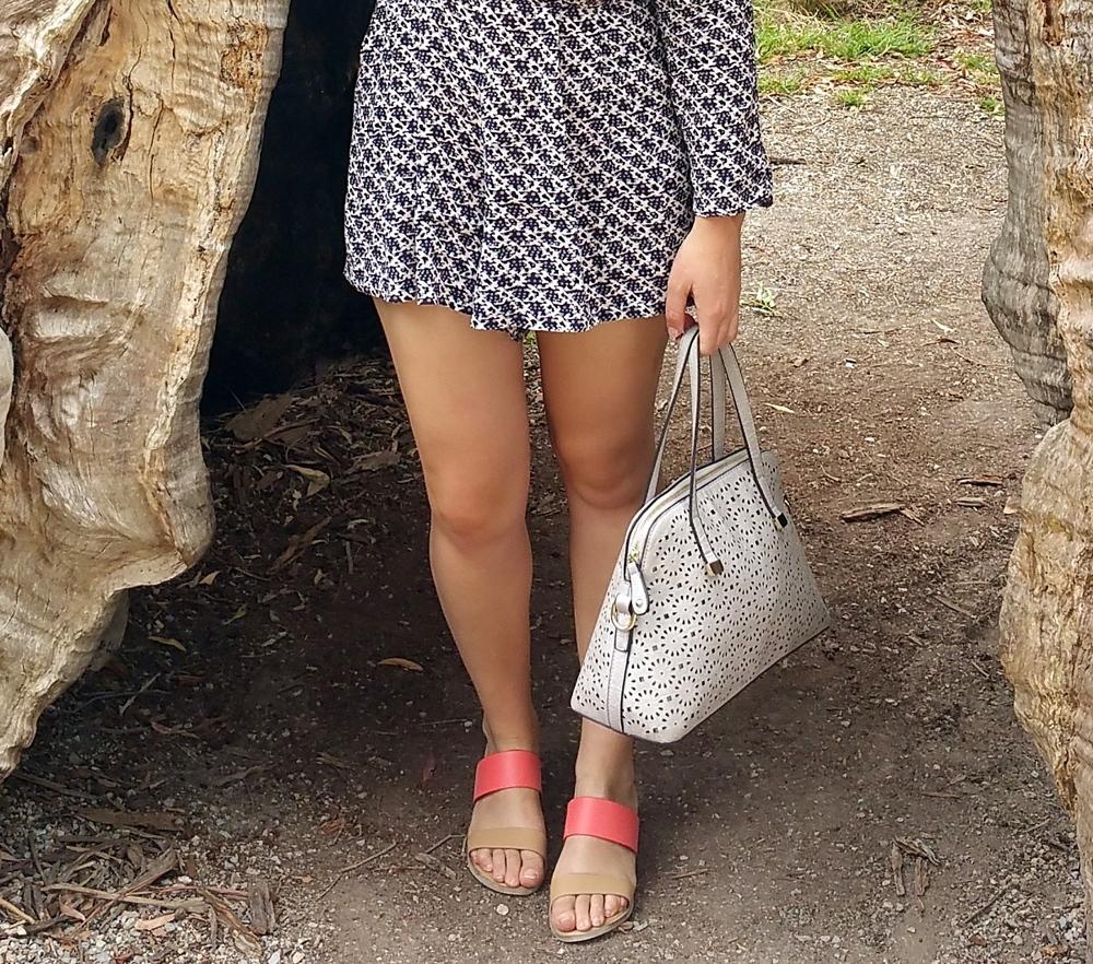 cream-purse-pink-sandels