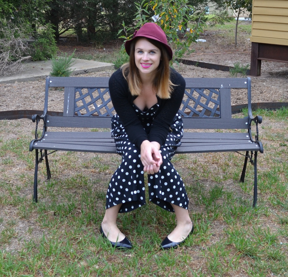 burgundy-felt-hat-poka-dot-one-piece