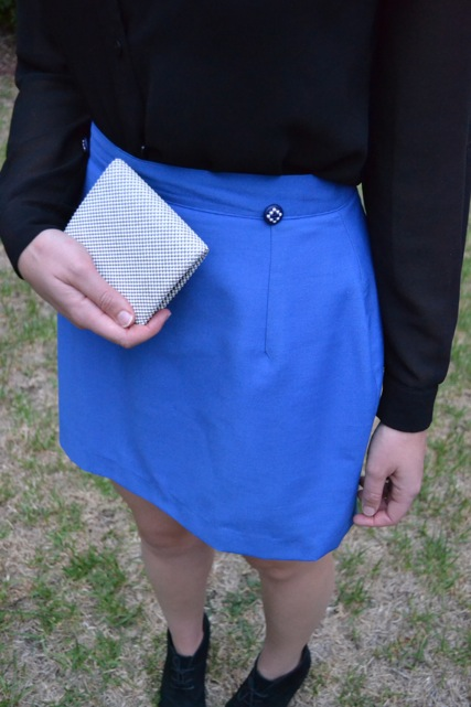 electric-blue-mini-skirt-buttons