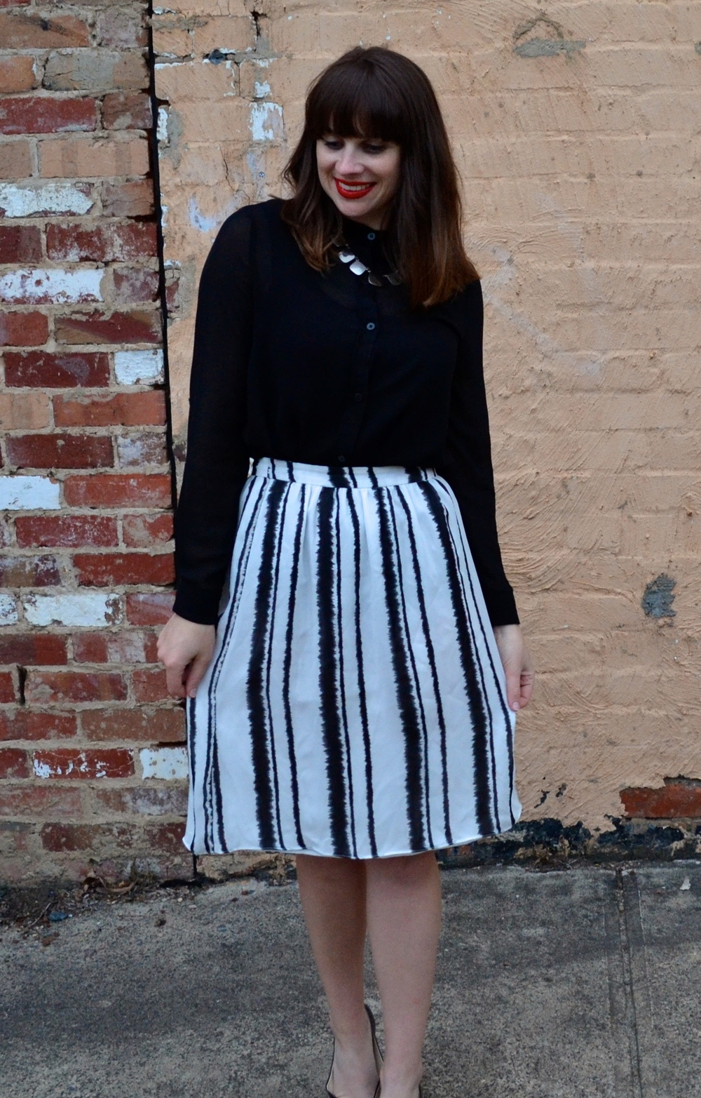black-white-striped-midi-skirt