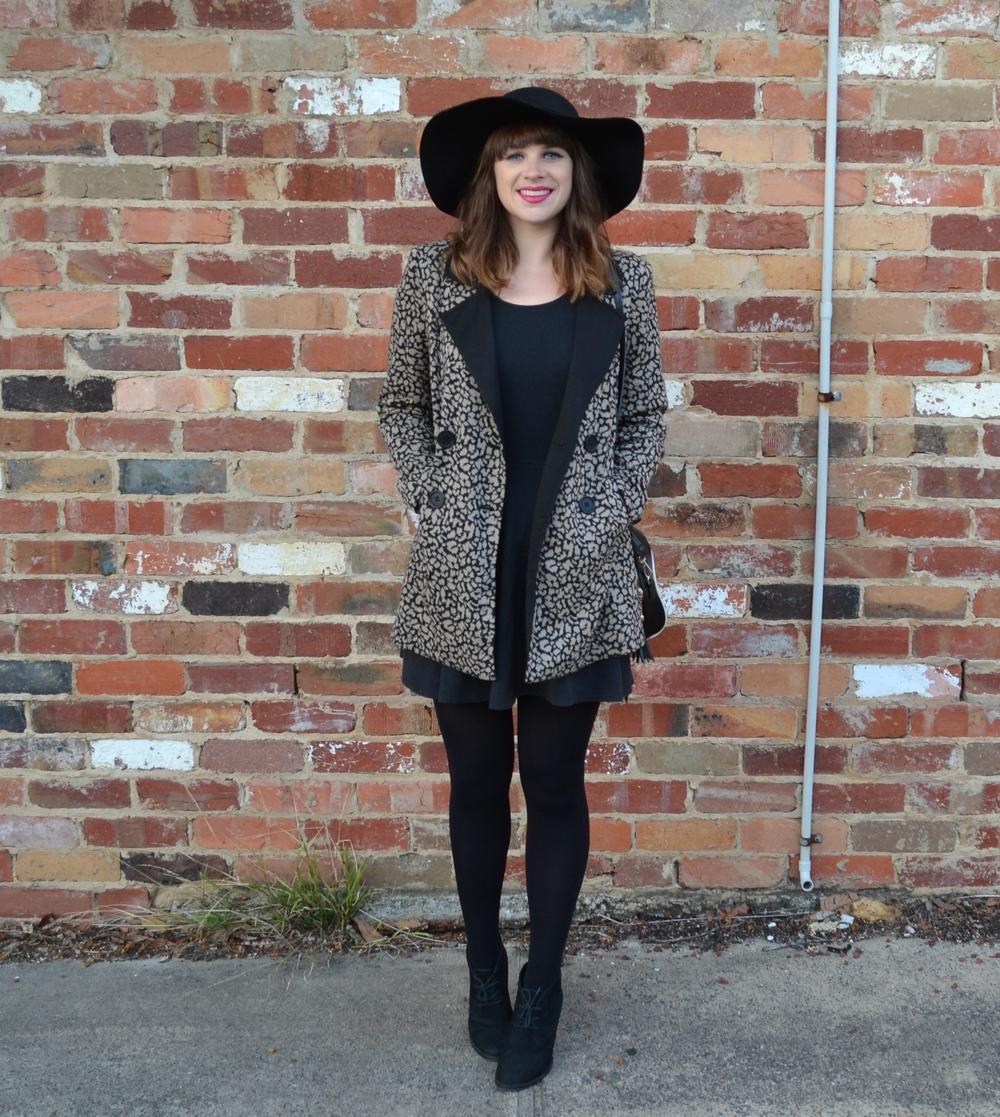 statement-winter-coat-felt-hat