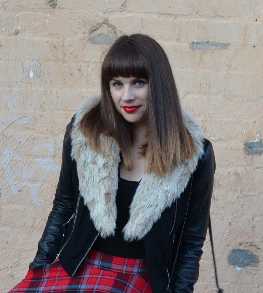 fur-scarf-leather-jacket