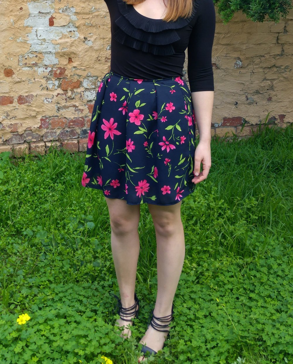diy-floral-mini-skirt-from-maxi