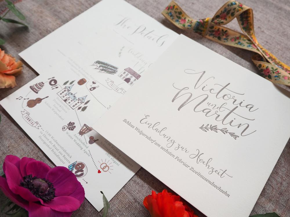 Hochzeitseinladung im modernen Kalligrafie Stil