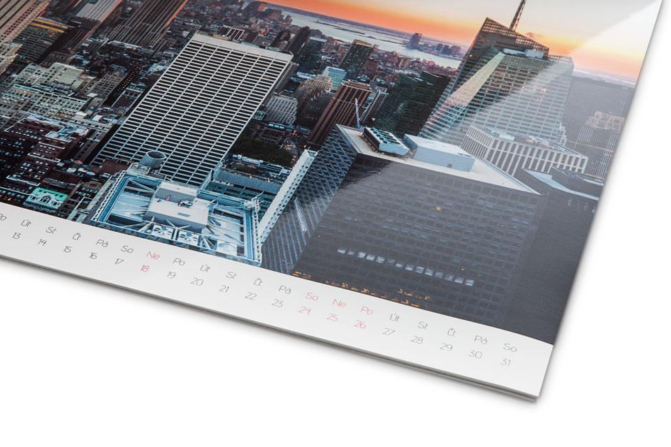 extra-gloss-calendar.jpg
