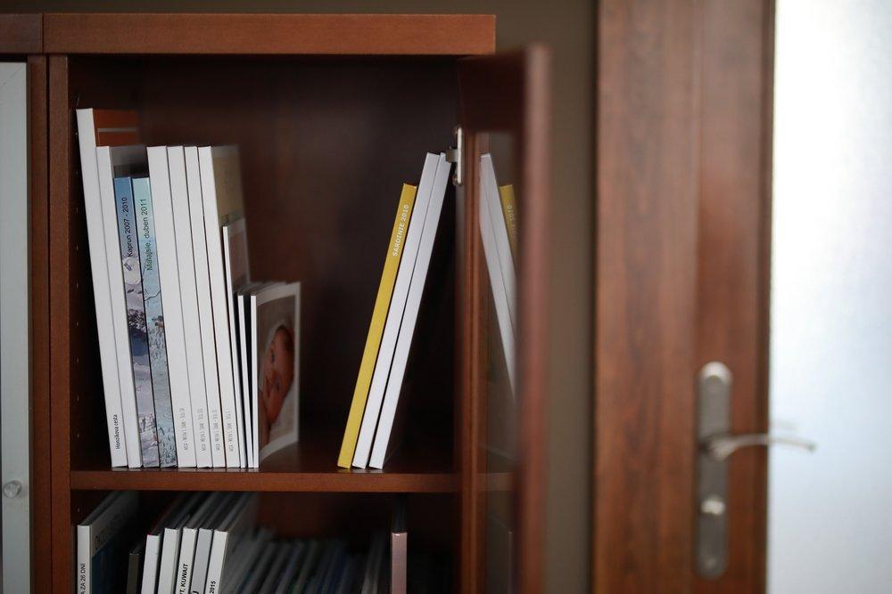 photobook-bontia-sewn-binding.jpg