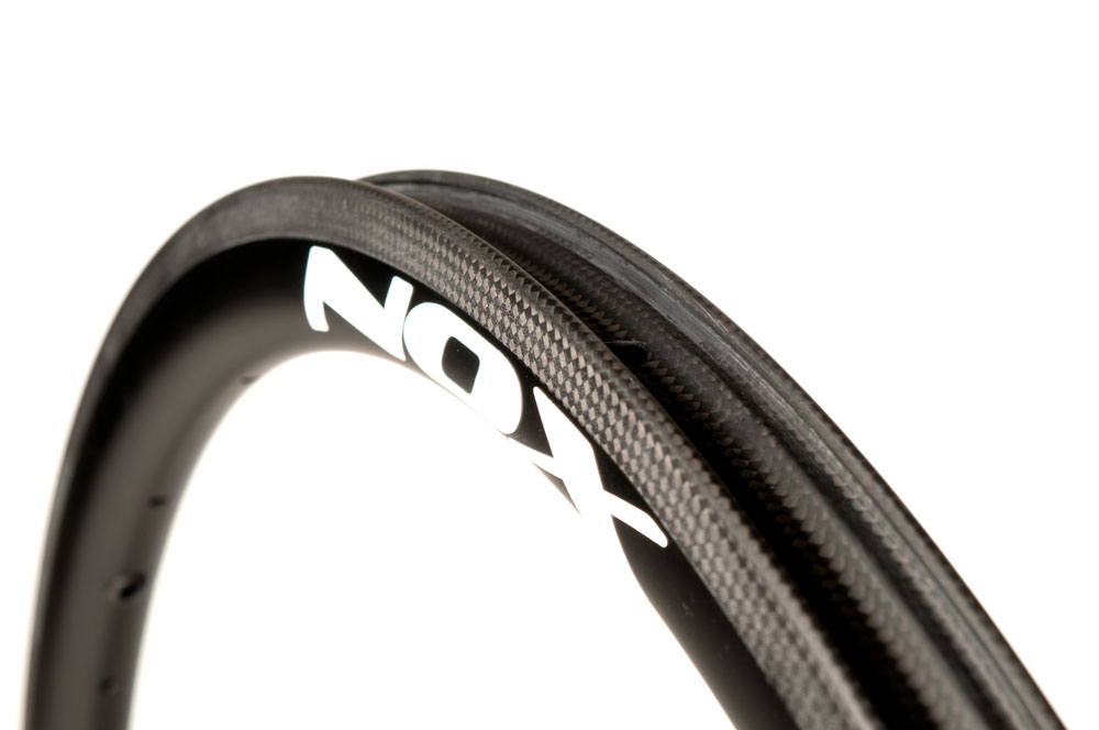 NOX Composites S36R Road Carbon clincher