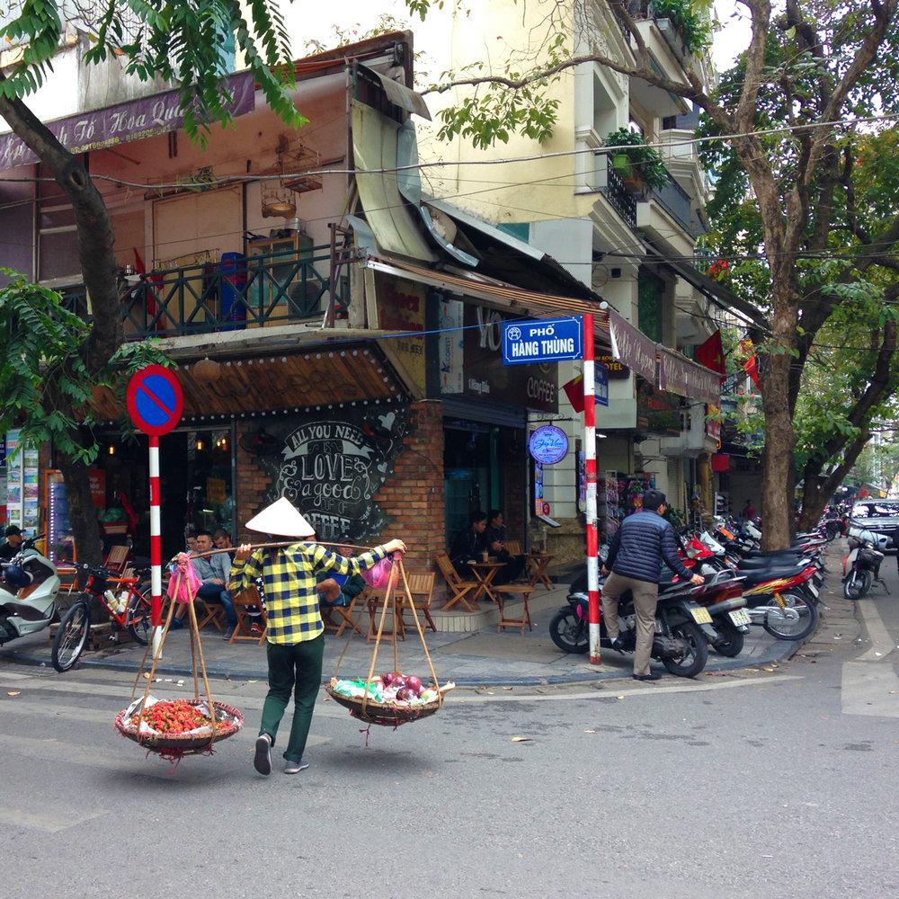 16 Hanoi_carawrrr4.jpg