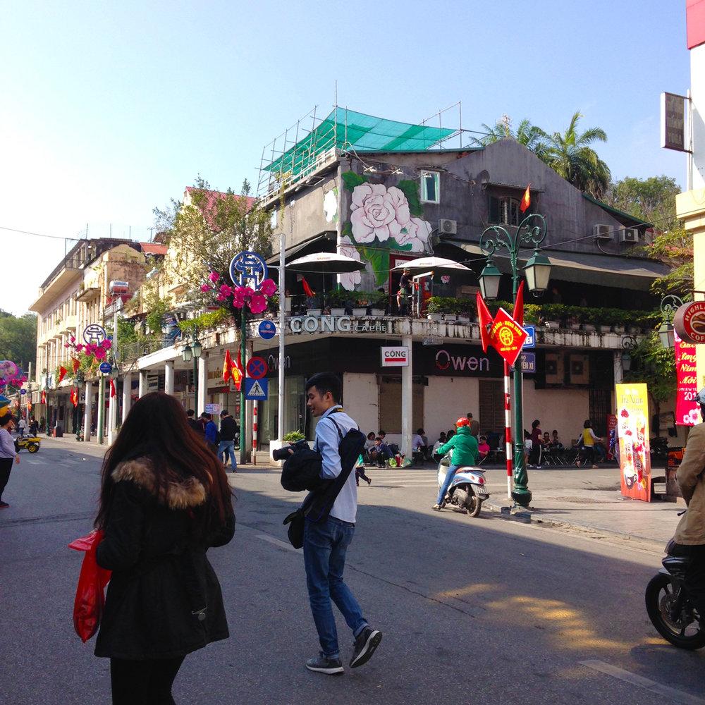 36 Hanoi_carawrrr3.jpg
