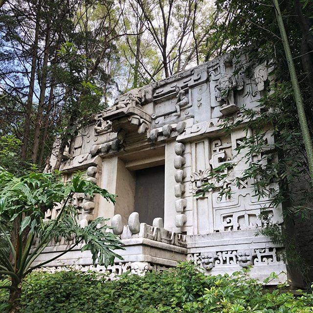 La Leyenda Del Templo Escondido. Museo Nacional De Antrolopología, CDMX #nickolodeon #guts #agrocrag #museonacionaldeantropologia #maya