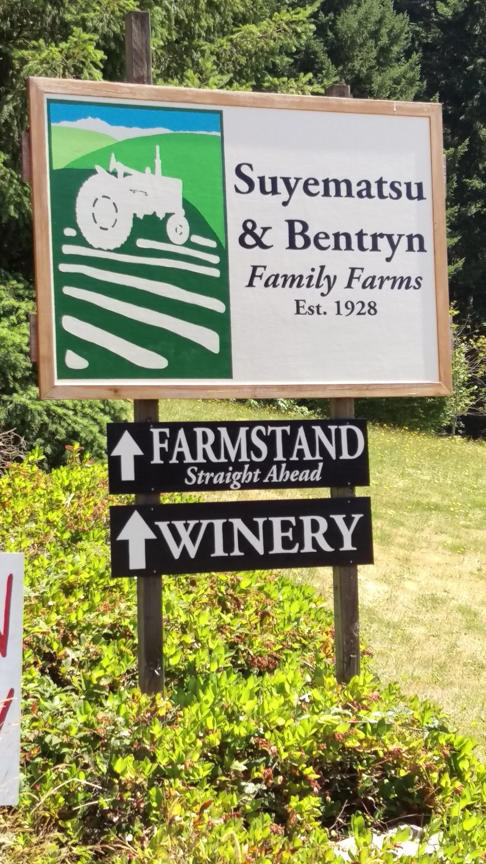 farm & winery sign.jpg