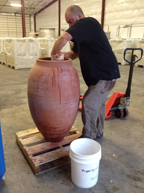 throwing-amphorae-lr.jpg
