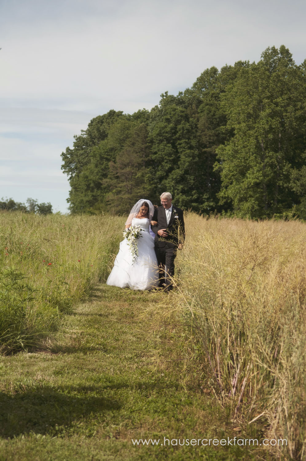 bride-with-father-wedding-at-hauser-creek-farm-a-photo-by-ashley-0496.jpg