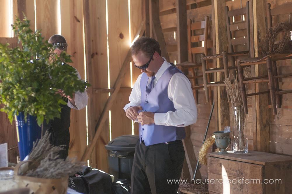 groom-and-groomsman-farm-wedding-a-photo-by-ashley-0324.jpg