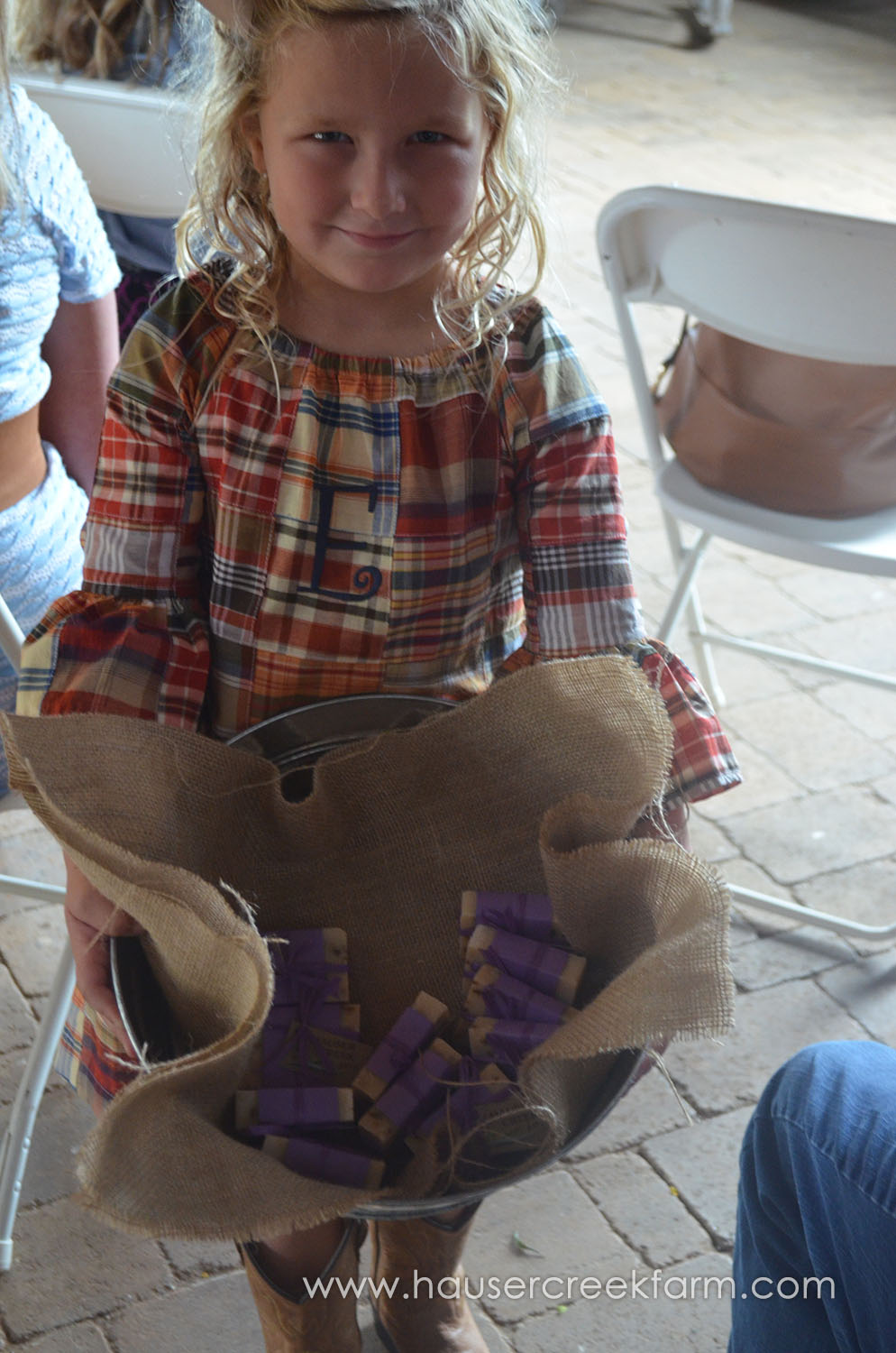 little-blonde-girl-holding-bucket-of-lavender-soaps-at-hauser-creek-farm-056.jpg
