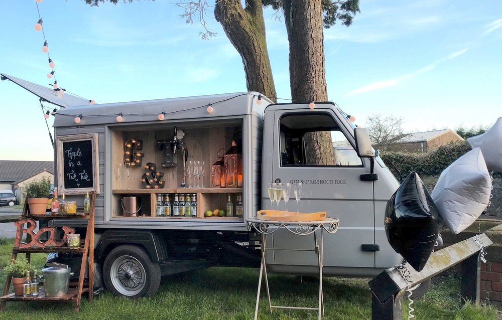 50th-birthday-gin-and-prosecco-van