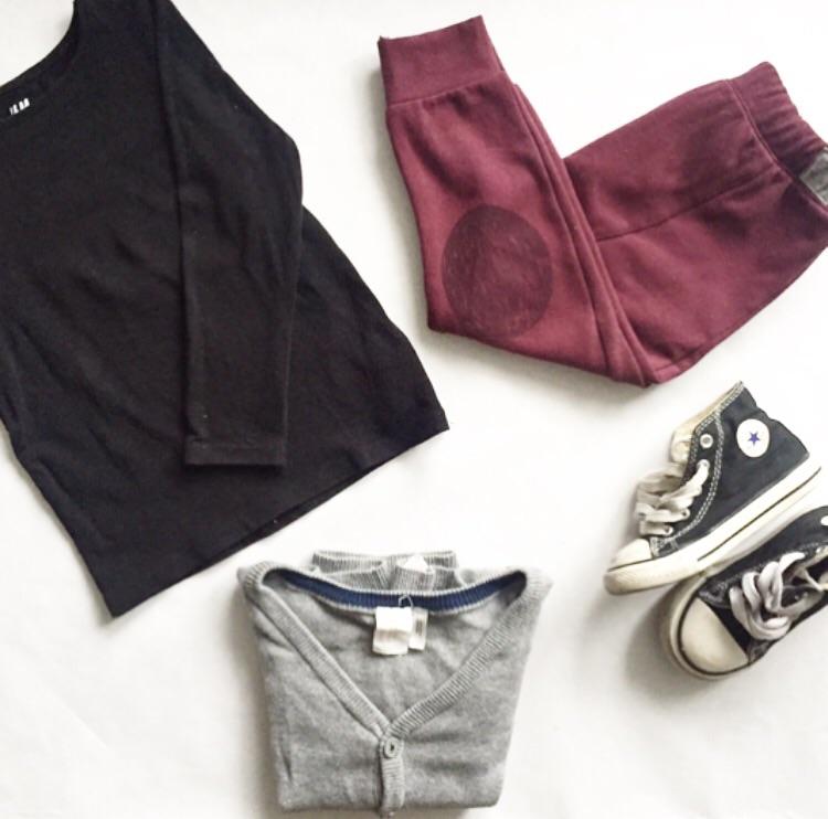 Long sleeved black shirt and grey cardigan:  H&M  | Plum leggings:  Zara Kids  | Shoes:  Converse