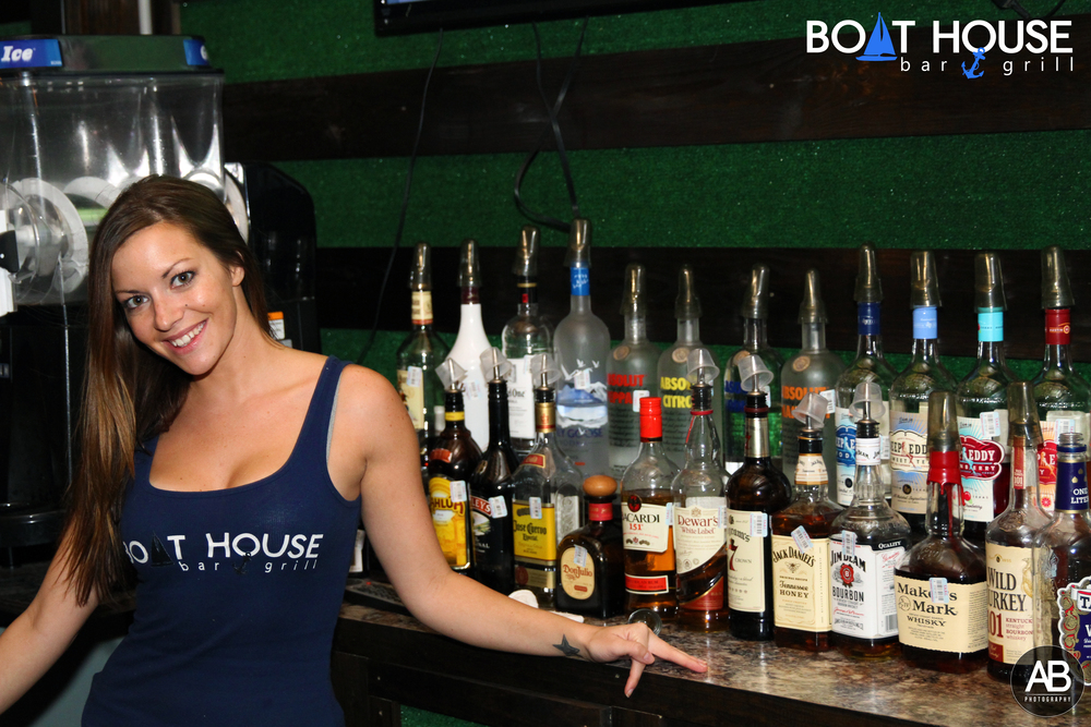 Boat House Bar & Grill barstaff17.jpg