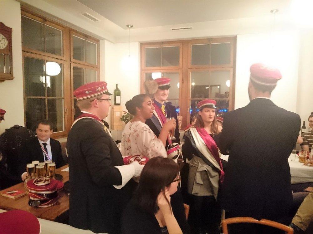 2016-11-22 Kreuzkneipe mit der AV Waldstättia (52).JPG