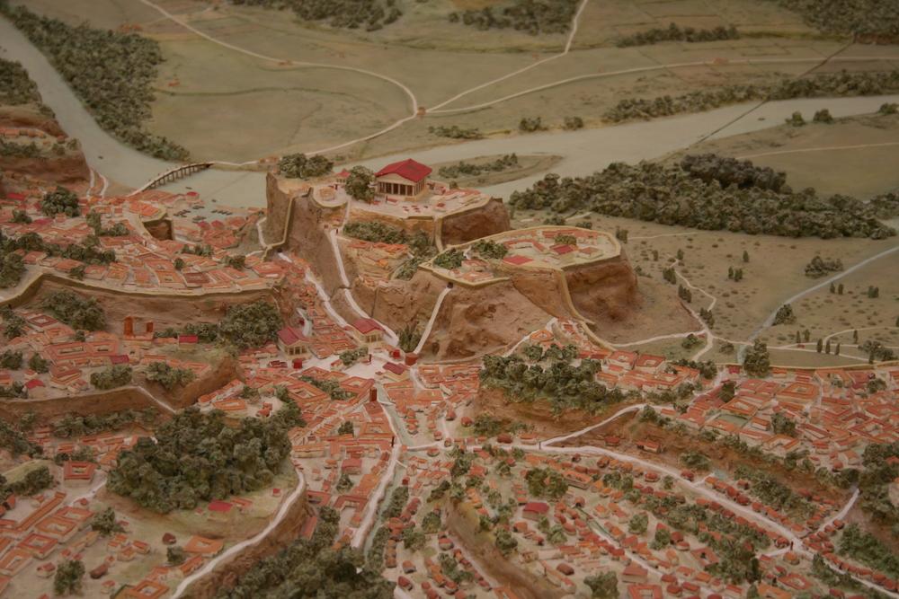 Palatine, Forum Romanum and Capitoline. Find the temple of Jupiter Optimus Maximus