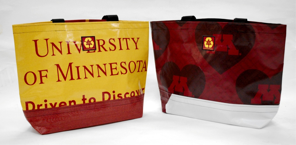 University of Minnesota tote bag