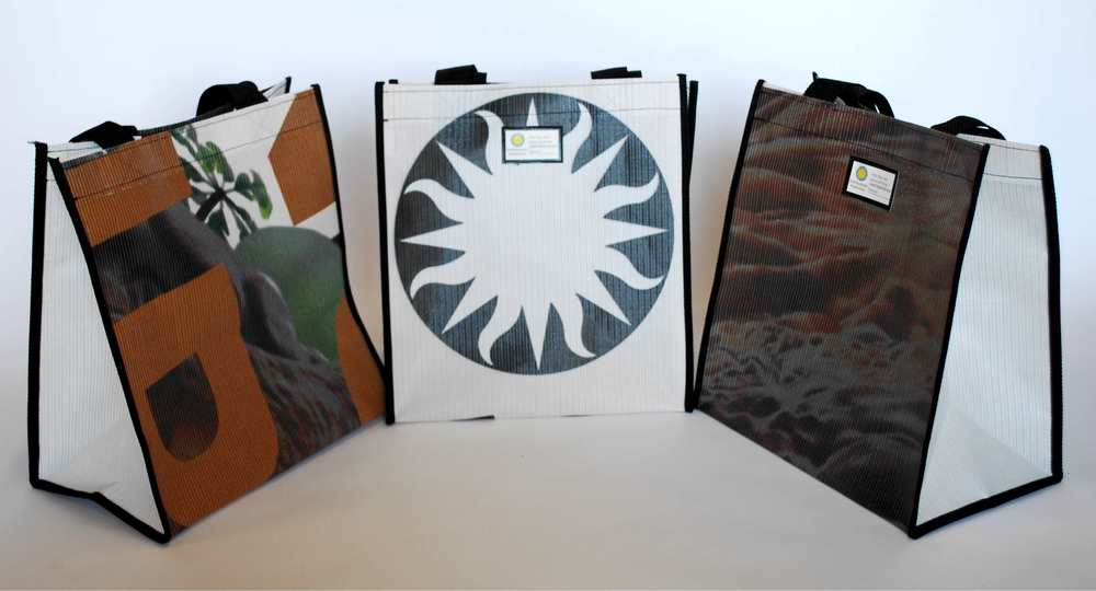 Smithsonian Institution reusable tote bags
