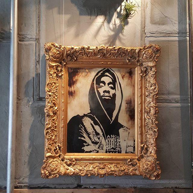 #tupac #thegraffitiroom #nolita #streetart