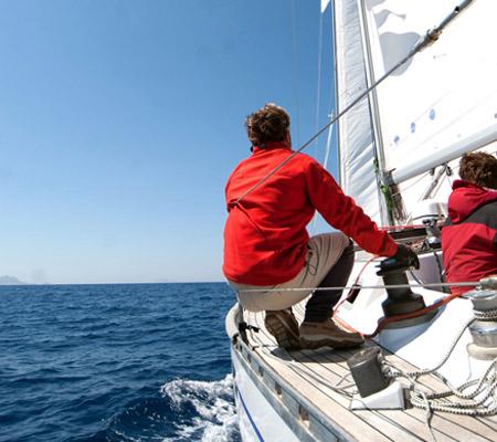 yacht_1.jpg