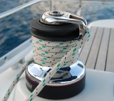 yacht_3.jpg
