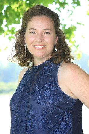 """<strong>Hannah Noble</strong><br> Lead Teacher Field Trip Coord.<br><a href=""""mailto:hannahn@newdayacademy.com"""">hannahn@ndaemail.com</a>"""