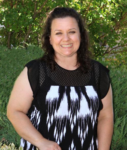 "<strong>Gypsy Perry</strong><br>Teacher<br><a href=""mailto:gypsyp@newdayacademy.com"">gypsyp@ndaemail.com</a>"