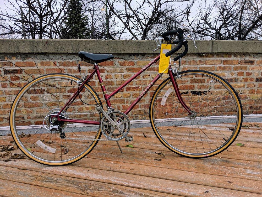 48cm Red Schwinn World Sport $280
