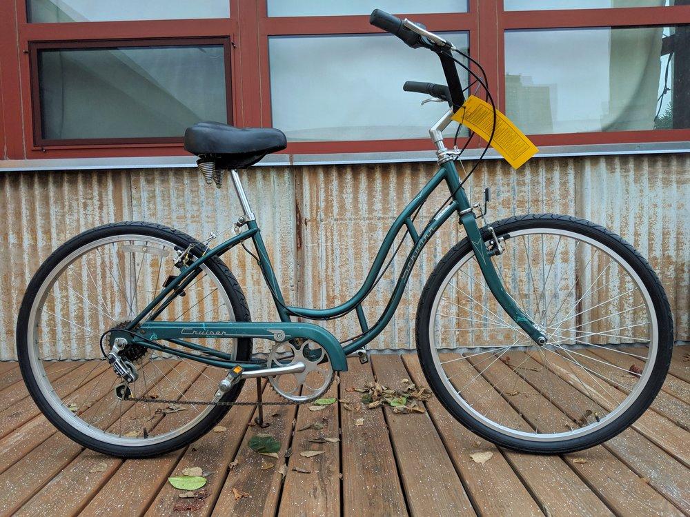 43cm Green Schwinn Cruiser $180