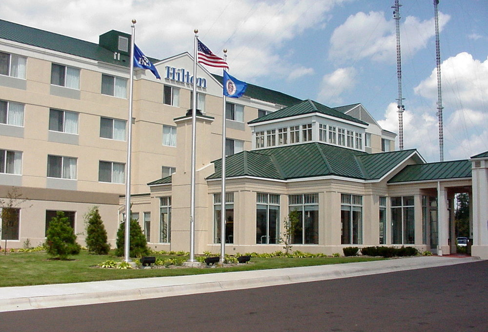 Hilton Shoreview 02 ext.jpg