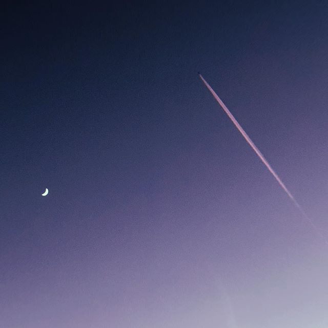 ...and the chemtrail jumped over the waxing crescent moon. spotted by my daughter and snapped with an iphone. 12.11.2018 🌙✈️