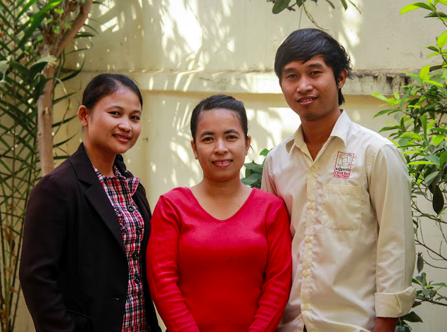 Chab Dai's Jeut Nung Dai team. Prak Chantrea is on the right.