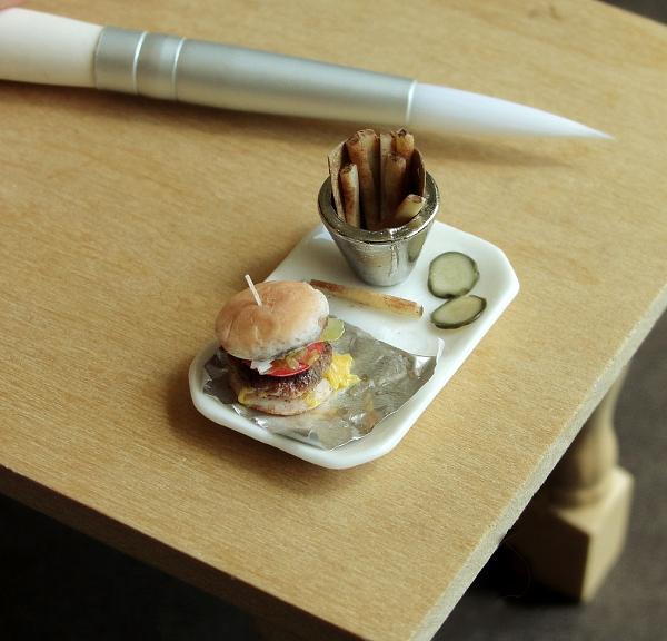 burgerfries2.jpg
