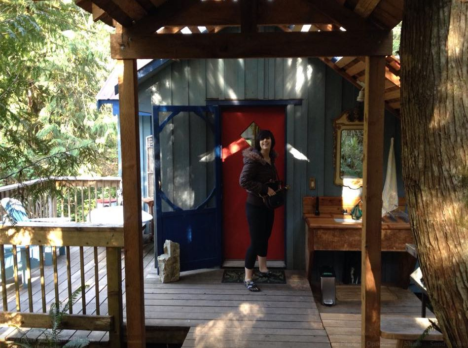 Getting ready to leave our cottage for our full day of adventuring. Photo c/o Sara McKenna.