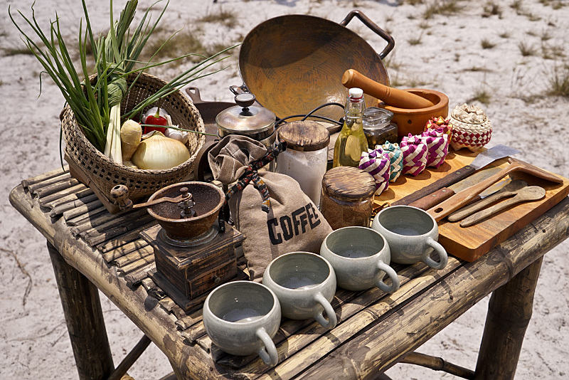 Even the first place tribe only got these items: coffee, spices, and a few vegetables. Underwhelming, for sure.