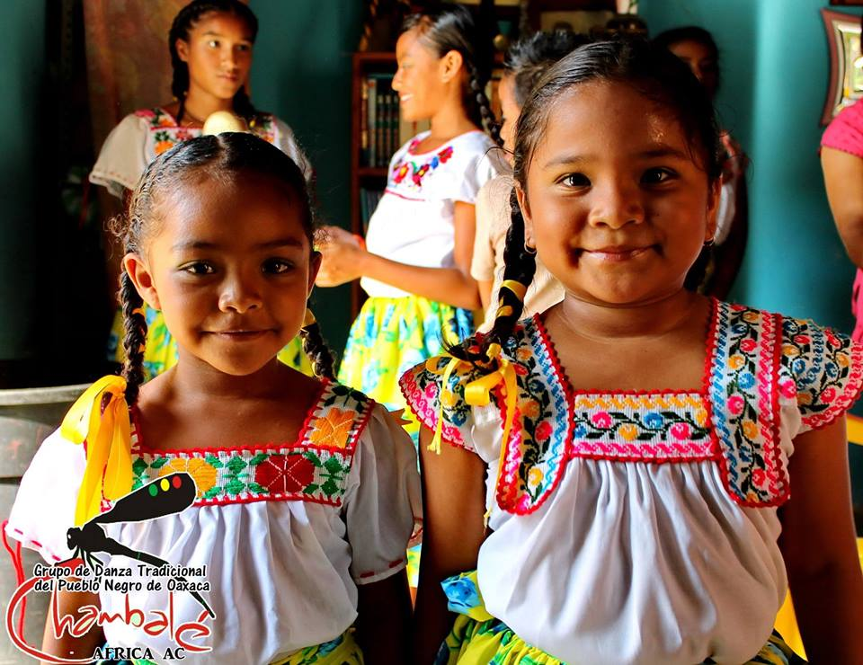 "Grupo Folclorico Infantil ""Chambalé"" from Jose Maria Morelos, Huazolotitlan, Oaxaca."