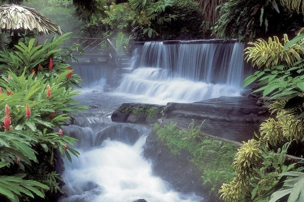 sanssoucitravels :   Arenal Hot Springs, Costa Rica